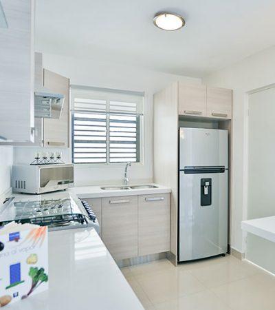 Foto de cocina de casa en venta en Cumbres modelo Ibiza VI en Montenova Residencial.