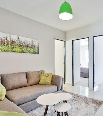 Foto de estancia familiar de casa en venta en Cumbres modelo Ibiza VI en Montenova Residencial.